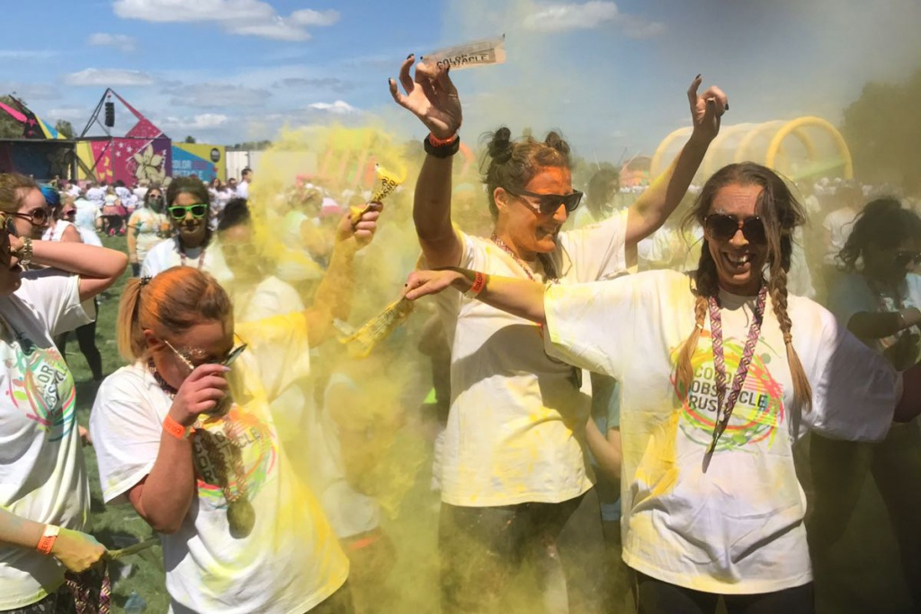 Temple Recruitment get colourful for their Lighthouse Day with a colour run!